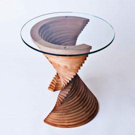 Aguaviva sculptural side table