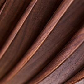 Onda Strata sculptural shelf Walnut wood detail